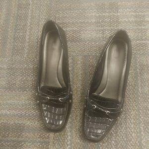 Shoes - Bandolino ladies wedges